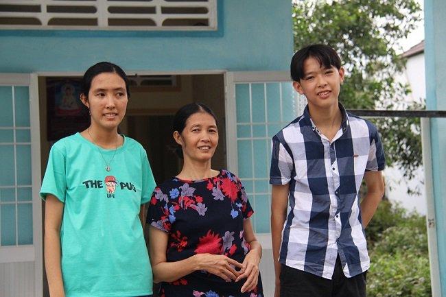 39142-Nguyen Thi Hang Tam.jpg