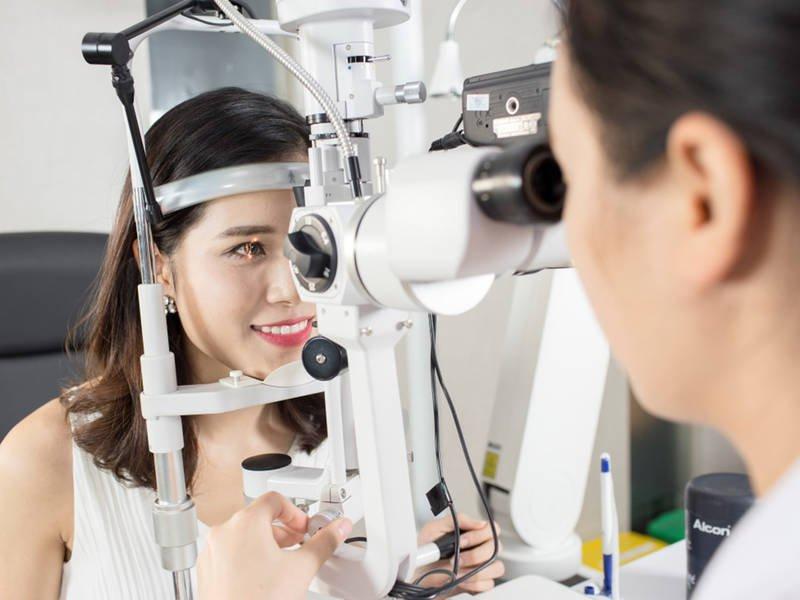 Hướng dẫn chăm sóc trước khi đặt kính và tháo kính ORTH-K tại nhà