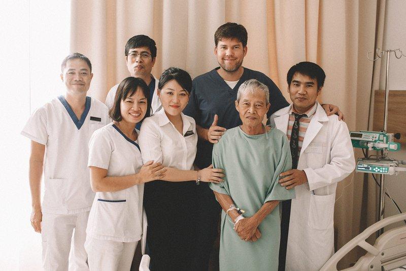 Hóa giải bệnh ung thư đại trực tràng sau một ca mổ nội soi
