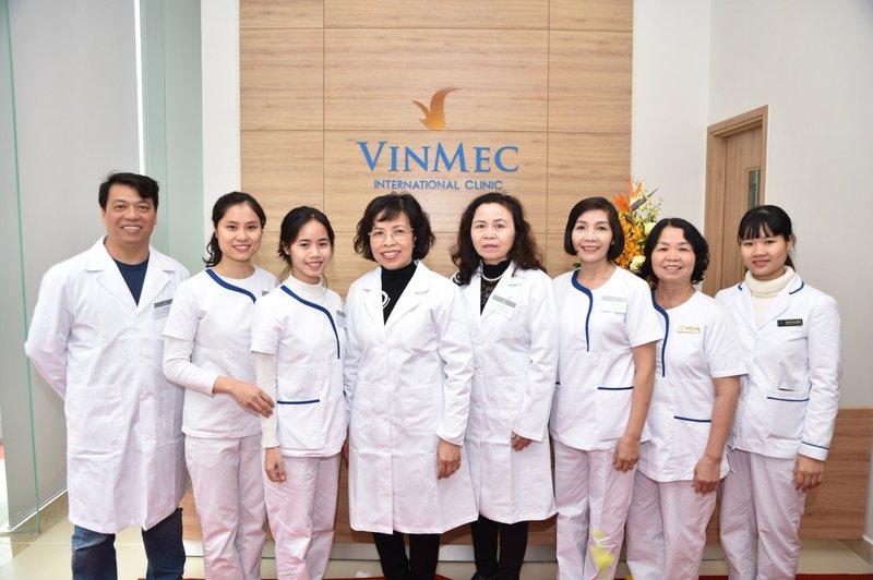 đội ngũ y bác sĩ phòng khám Vinmec Metropolis