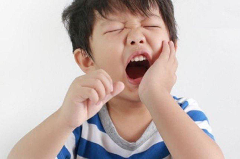Hướng dẫn chăm sóc răng miệng cho mẹ bầu để mẹ khỏe, con đẹp