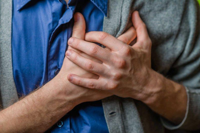 Giải mã cơn đau tức ngực