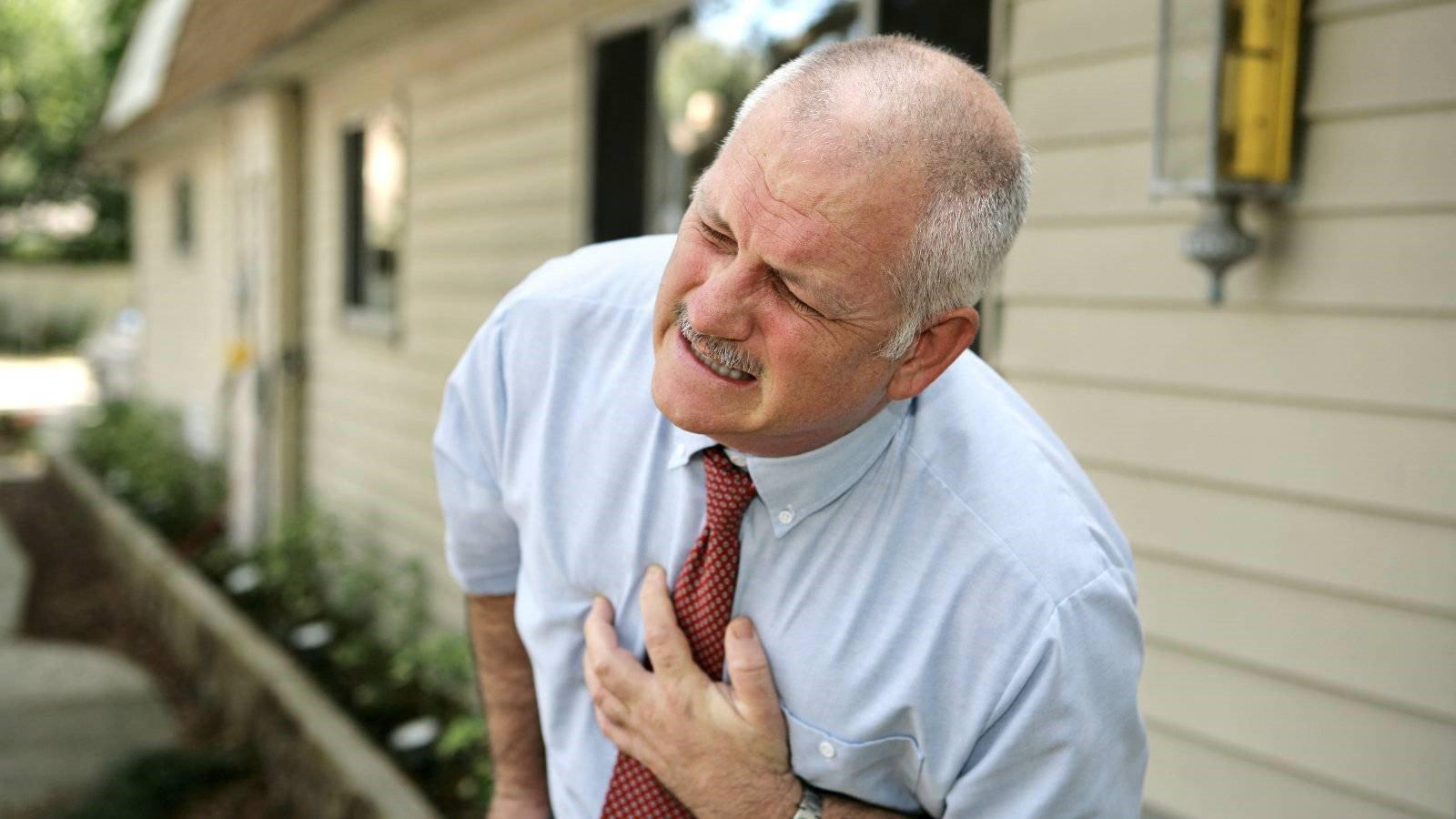 Cao huyết áp: Triệu chứng, nguyên nhân và cách điều trị