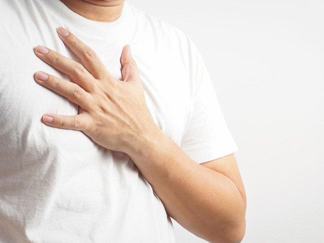 Các yếu tố nguy cơ phát triển ung thư vú ở nam giới