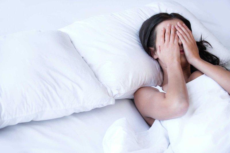 Ăn khó tiêu, đầy hơi, ngủ kém có phải là dấu hiệu khối u phát triển trong gan hay không?