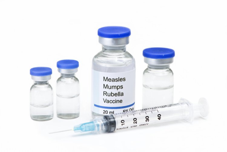Vắc xin Sởi-Quai bị-Rubella
