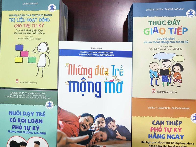 sách cho trẻ tự kỷ