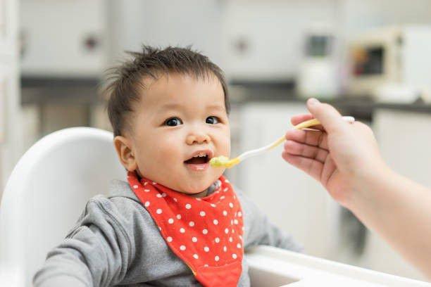 Hướng dẫn chăm sóc và dinh dưỡng sau khi nạo VA cho bé