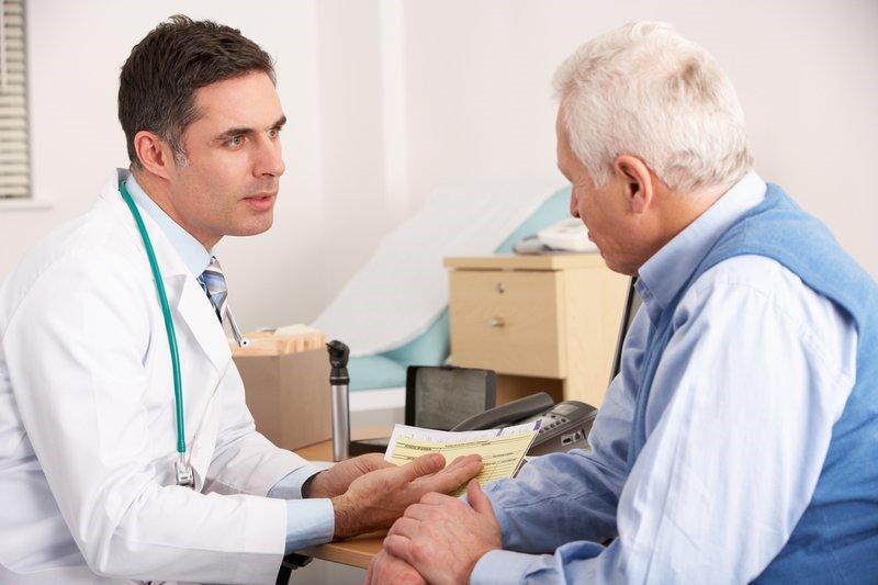 Khi có dấu hiệu tai biến cần đưa người bệnh đến bệnh viện ngay lập tức