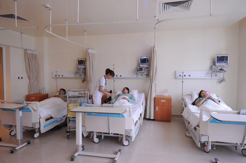 Chăm sóc bệnh nhân sau mổ tim