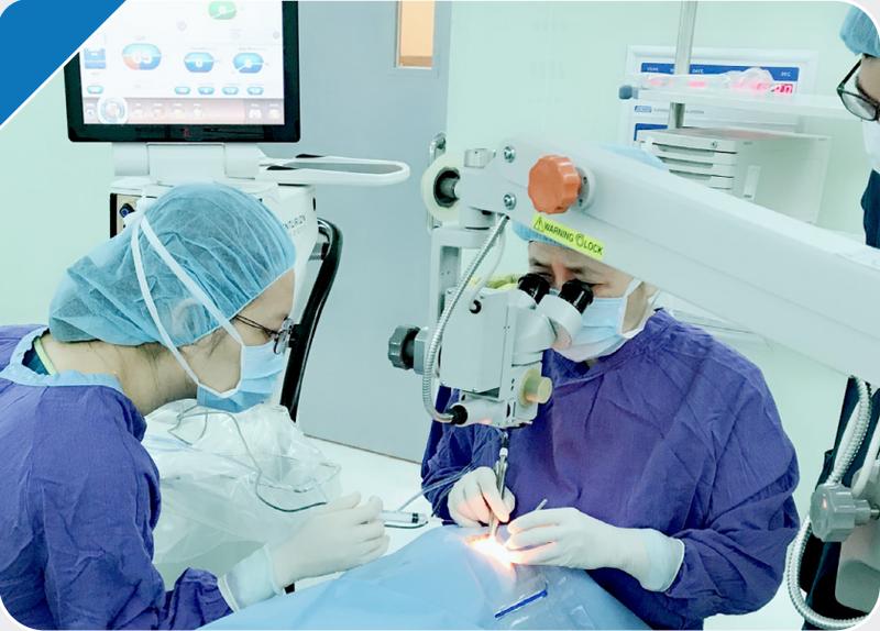phẫu thuật mổ mắt phaco
