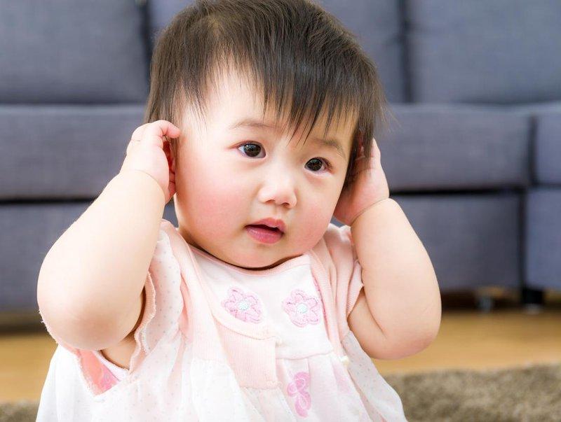 Trẻ em bị viêm tai giữa chảy mủ