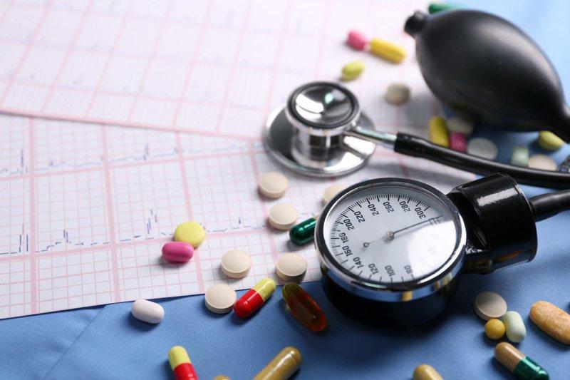 Adalat (Nifedipine) tác dụng nhanh - Thận trọng khi sử dụng trong cơn tăng huyết áp