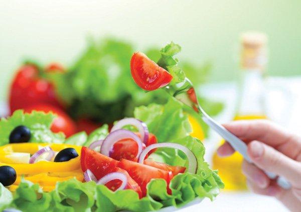 Ăn mặn có hại thế nào? Thay đổi thói quen ăn mặn ngay hôm nay