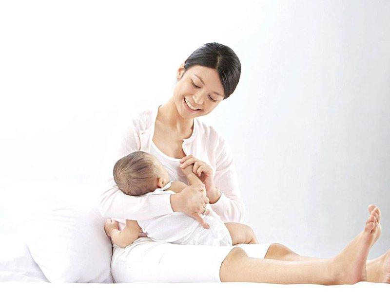 Điều trị tắc tia sữa bằng phương pháp tác động cột sống