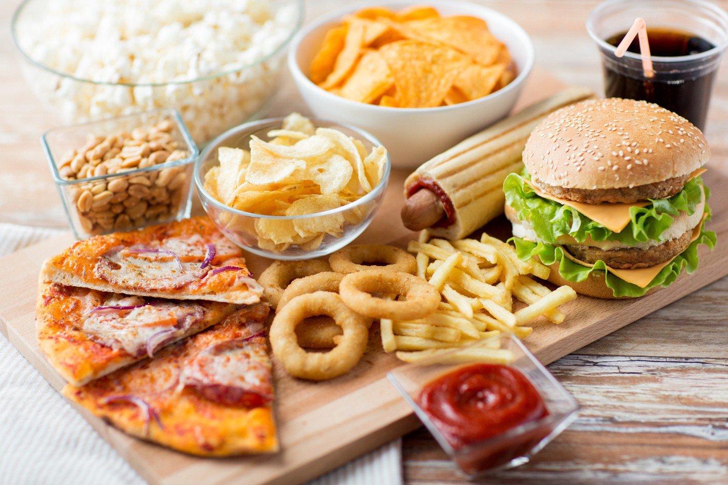 Sản phụ sinh mổ nên kiêng ăn những món nào? | Vinmec