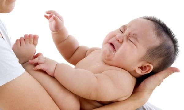 Triệu chứng sốt cao co giật ở trẻ