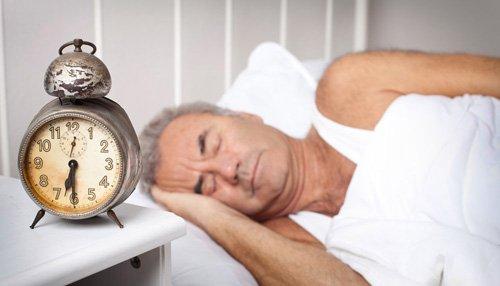 8 cách cải thiện chất lượng giấc ngủ cho tuổi già