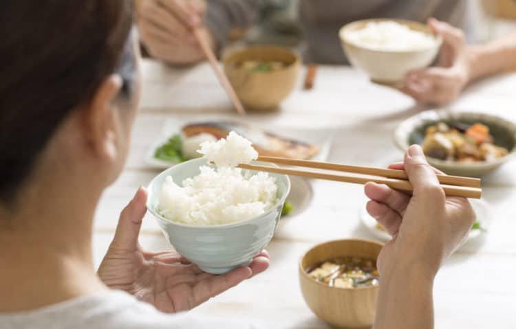 Người bệnh tiểu đường nên ăn gì thay cơm?