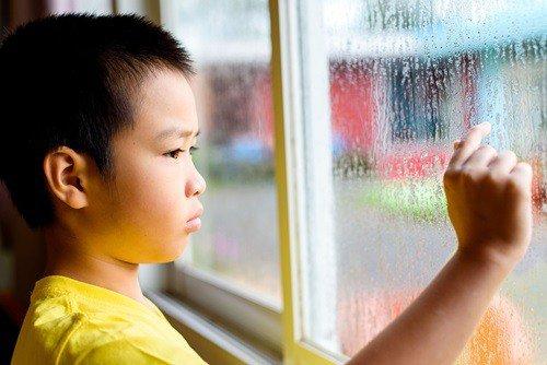 Kết quả hình ảnh cho trẻ chậm nói không phải tự nhiên