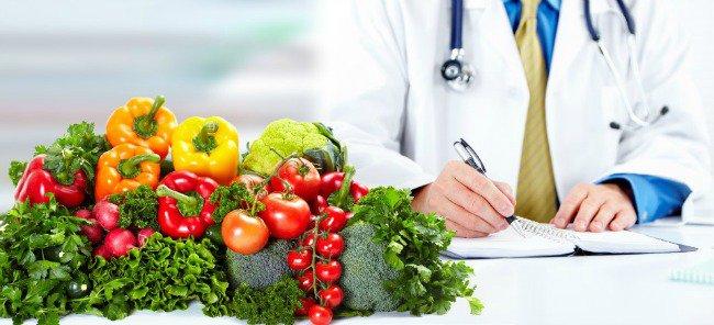 Người ung thư nên kiêng ăn gì
