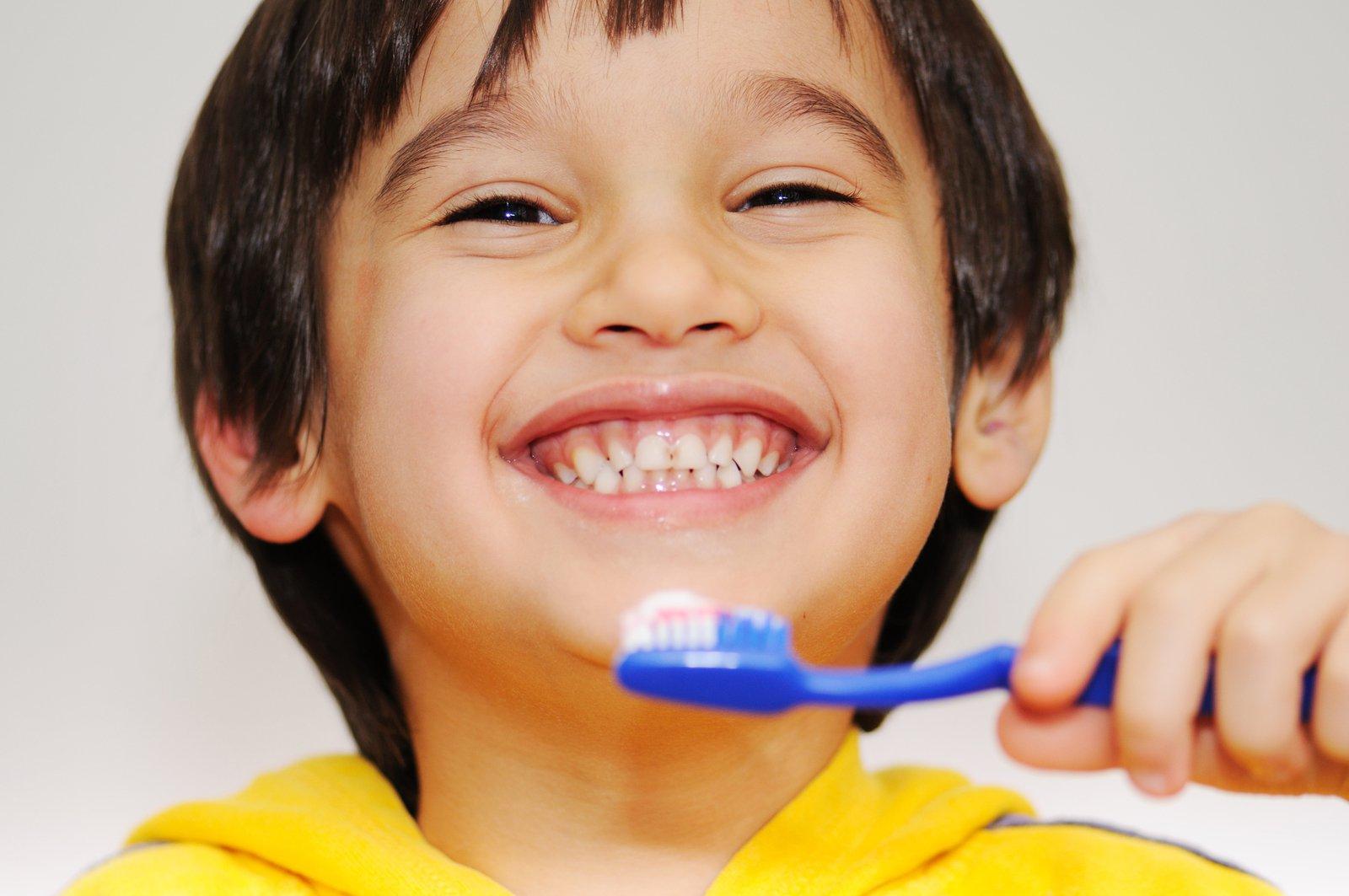 Đánh răng thế nào là đúng cách?