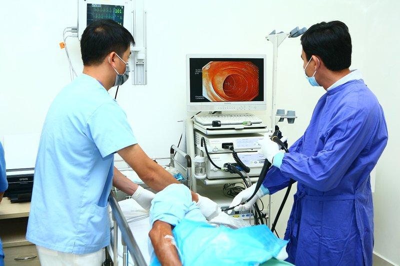 Siêu âm nội soi dạ dày, thực quản chẩn đoán bệnh lý u tụy, u dưới niêm mạc