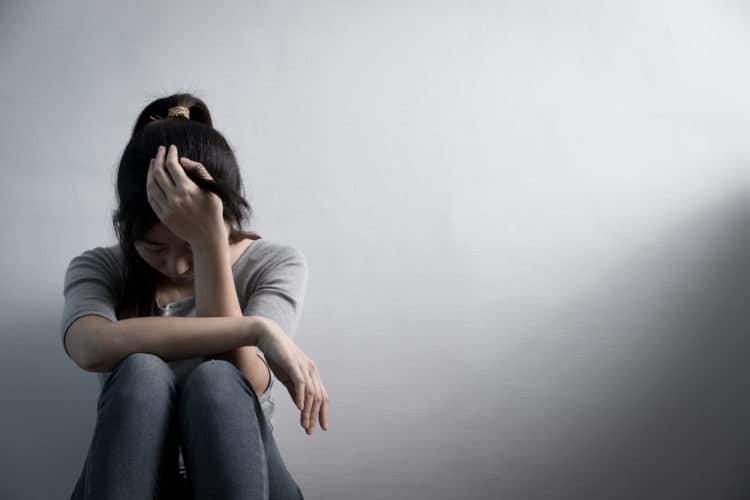 Chăm sóc tinh thần, tránh trầm cảm sau phá thai