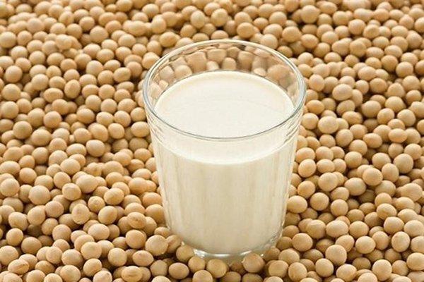 U xơ tử cung có nên uống sữa đậu nành