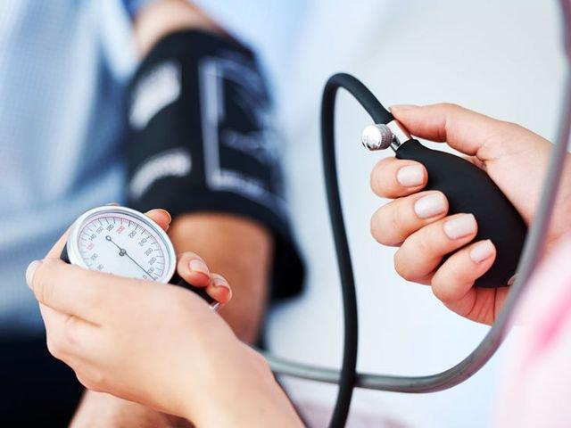 Mối liên quan giữa chóng mặt và huyết áp