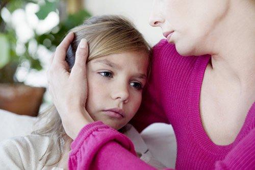 Giúp trẻ đối mặt với chuyện cha/mẹ bị ung thư