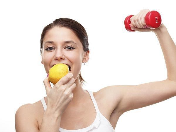 Nên ăn gì trước và sau khi tập thể dục?