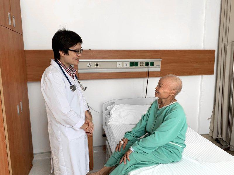 Người bệnh ung thư buồng trứng giai đoạn muộn thành công