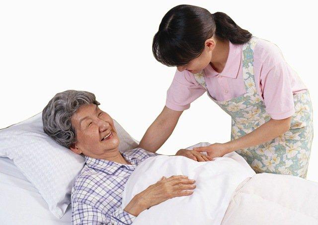 Cách chăm sóc và hồi phục sau điều trị nhồi máu não