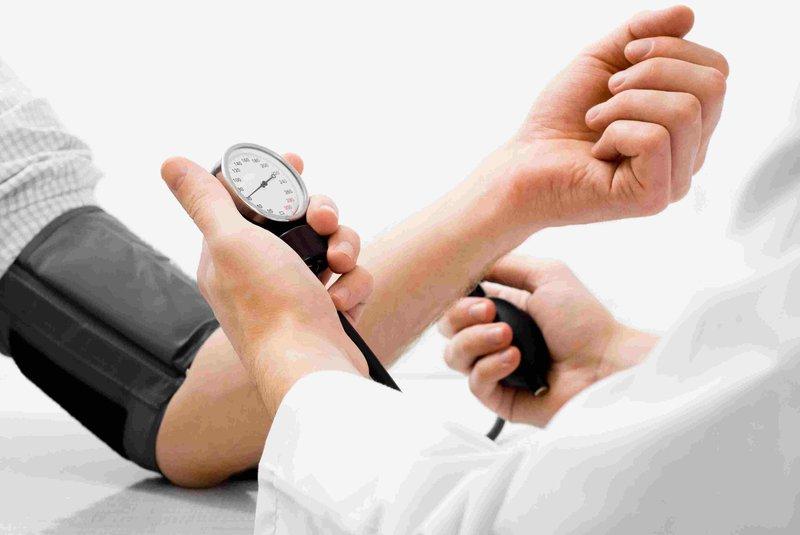 Các nguy cơ làm tăng huyết áp