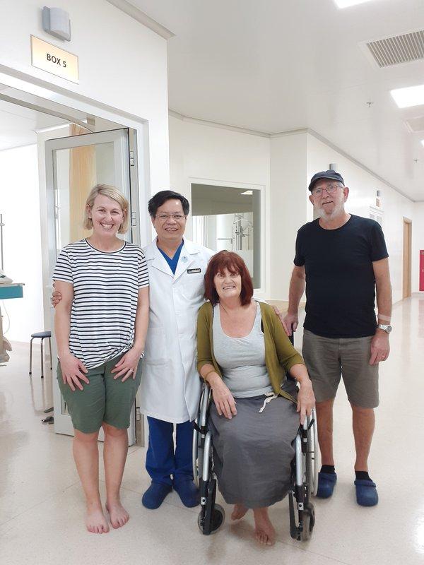 Thư cảm ơn của bệnh nhân nước ngoài Lynne England bị đột quỵ tại VMĐN