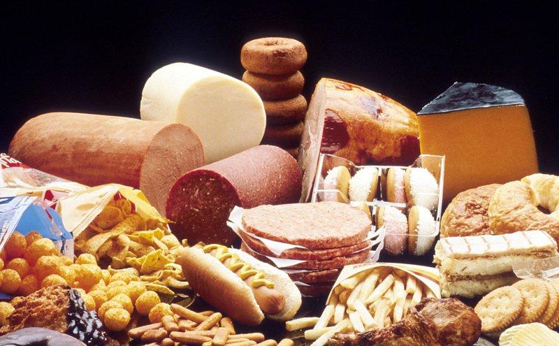 Vì sao chất béo chuyển hóa có hại?