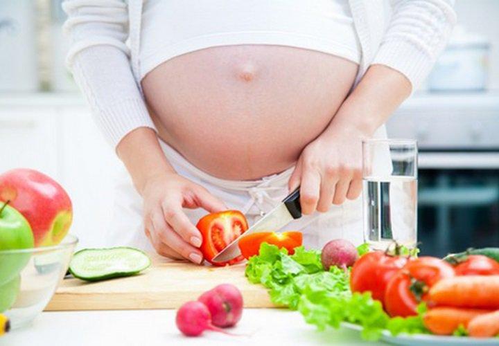 Thực đơn cho bà bầu bị rối loạn tăng huyết áp thai kỳ
