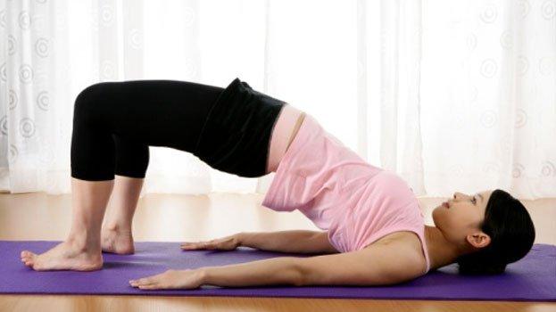 Bài tập giảm đau lưng sau sinh