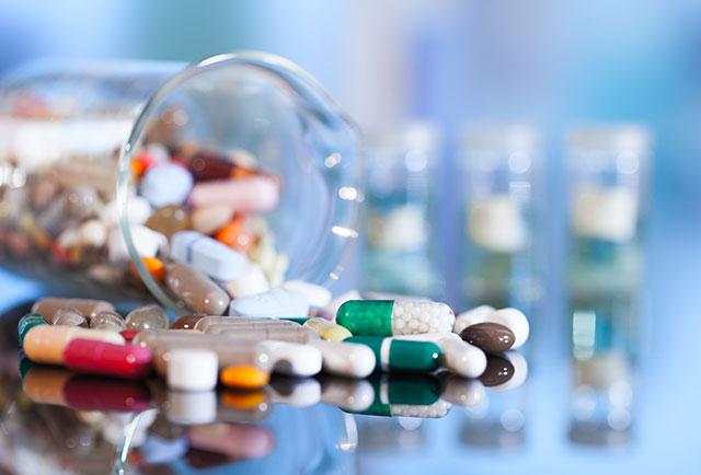 Điều trị mày đay bằng thuốc