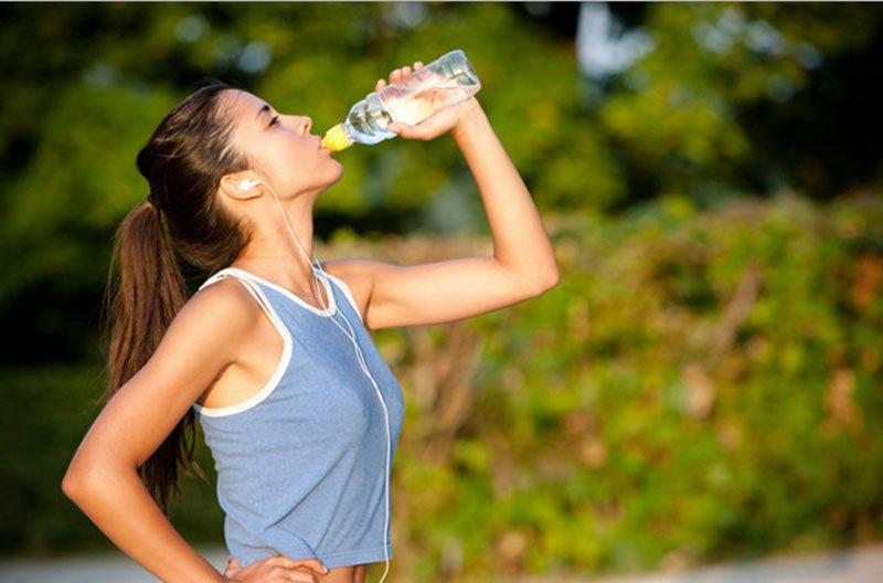 Thức uống bổ sung năng lượng
