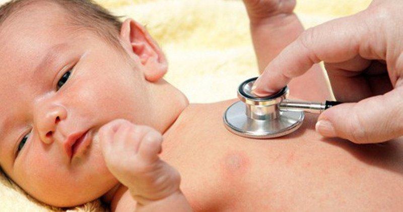 Triệu chứng viêm phế quản cấp ở trẻ nhỏ | Vinmec