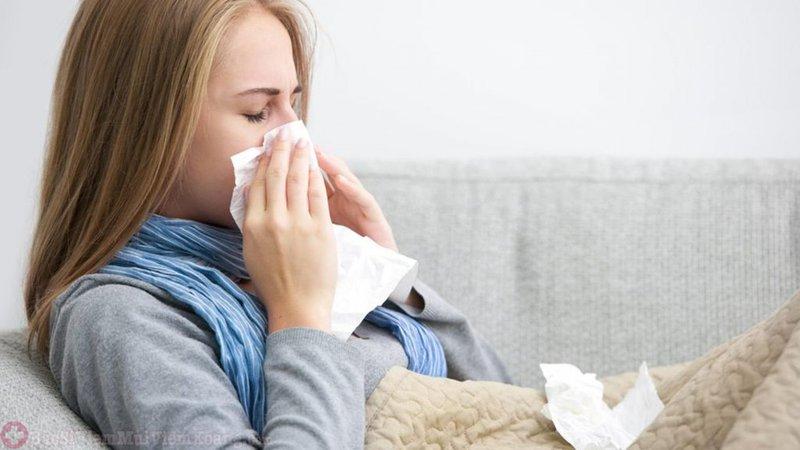 Tìm hiểu về viêm mũi họng xuất tiết