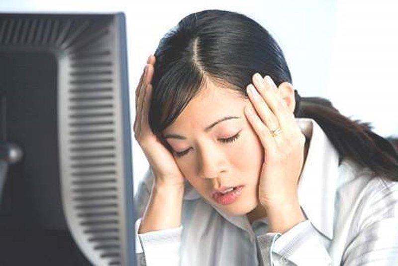 Cảnh giác với những cơn đau đầu dữ dội, đột ngột, nguy hiểm