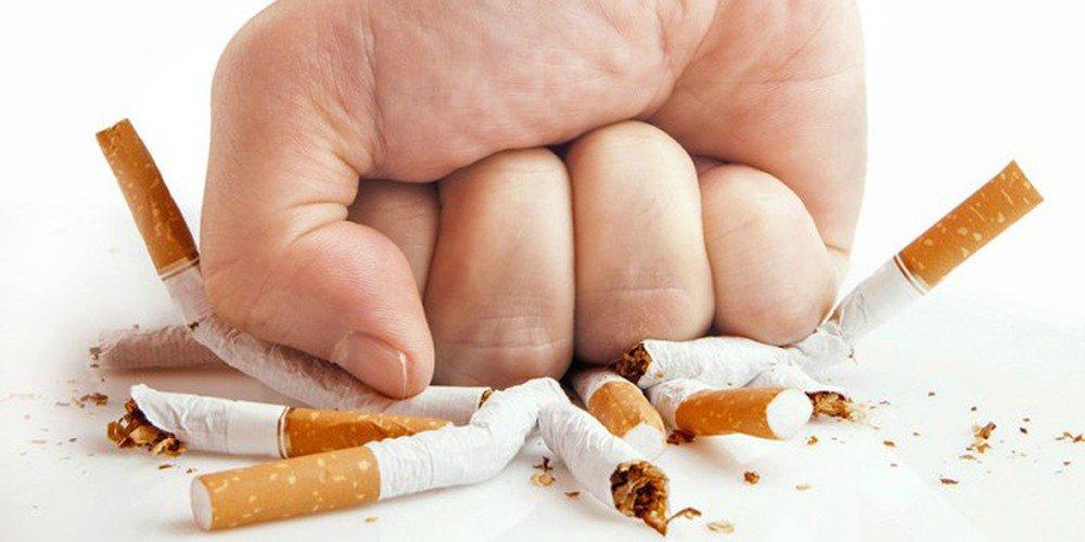 Hút thuốc lá thụ động