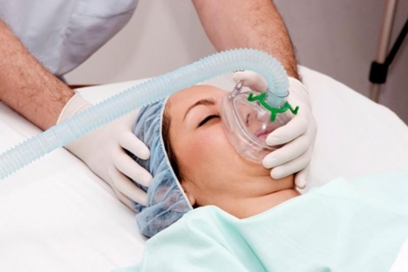 Viêm phổi thở bằng máy