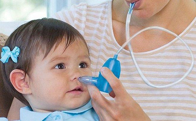 Hút mũi cho trẻ
