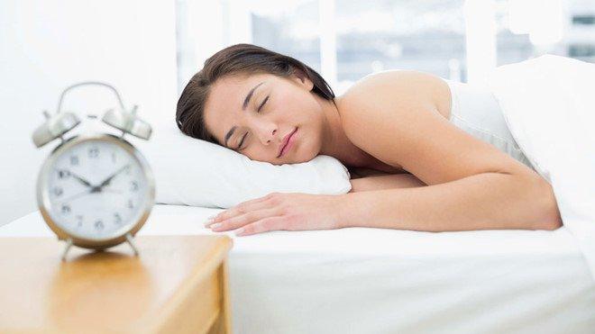 Nên duy trì ngủ đủ giấc từ 7 - 8 giờ/đêm