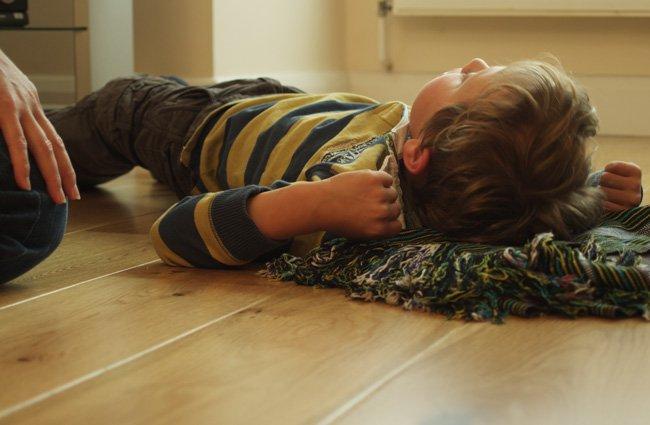 Trẻ mắc bệnh động kinh có chữa khỏi được không ?