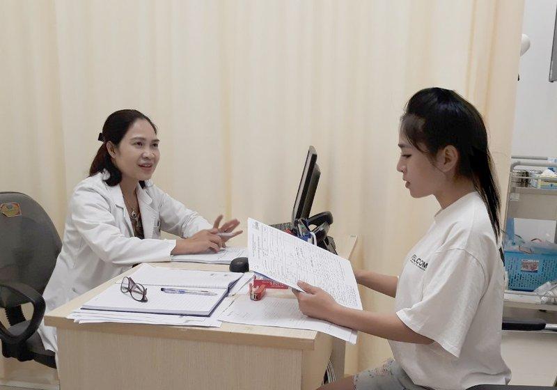 Khách hàng khám bệnh tại Vinmec Hải Phòng